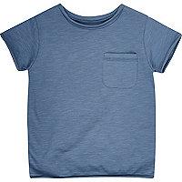 Blaues Jeans-T-Shirt mit Rundhalsausschnitt