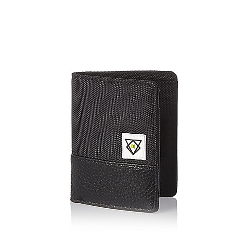 Boys grey textured patch wallet