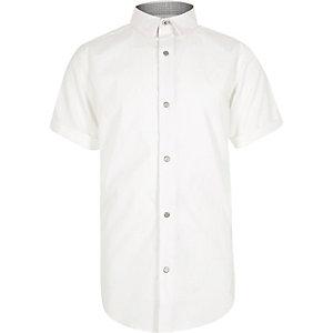Boys white short sleeve snappy shirt