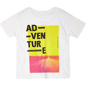 Mini boys white neon print t-shirt