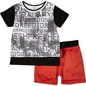 Ensemble mini garçon short et t-shirt imprimé noir