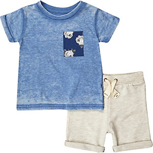 Mini boys grey shorts and t-shirt outfit