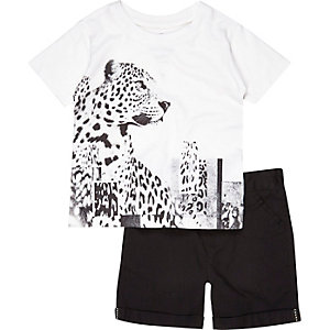 Mini boys white t-shirt and shorts outfit