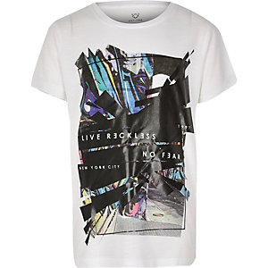 Boys white graphic print t-shirt