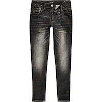 Boys black washed Sid skinny jeans