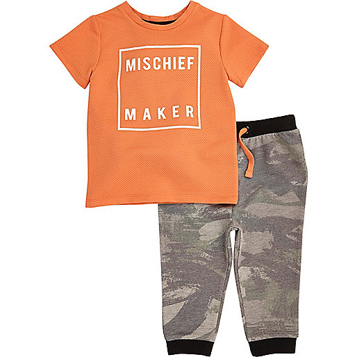 Mini boys orange t-shirt joggers outfit