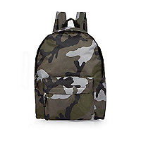 Rucksack in Khaki mit Camouflage-Muster
