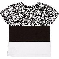 T-shirt noir à empiècement colour block mini garçon