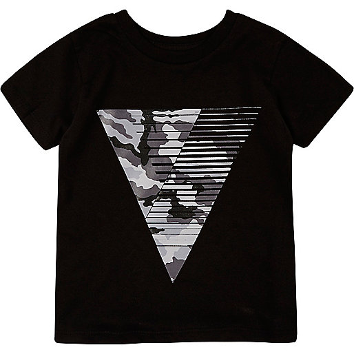 Mini boys black triangle print t-shirt