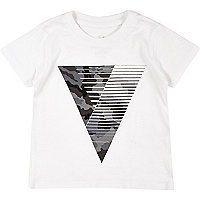 Mini boys white triangle print t-shirt