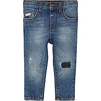 Mini boys blue ripped Sid skinny jeans