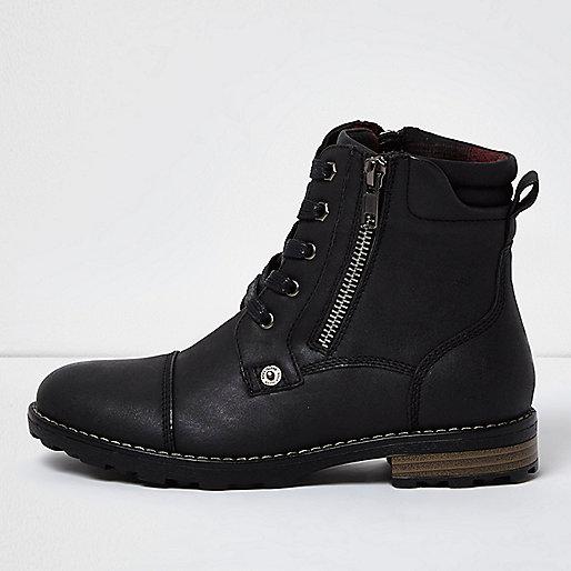 Boys black work boots