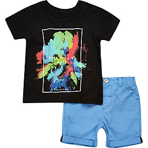 Mini boys black t-shirt and shorts outfit