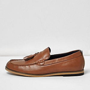 Boys brown leather look tassel loafer