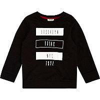Schwarzes T-Shirt mit Brooklyn-Aufdruck