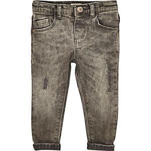 Graue Skinny Jeans im Used Look