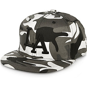 Boys grey camo LA cap