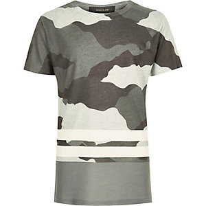 T-shirt rayé camouflage gris pour garçon