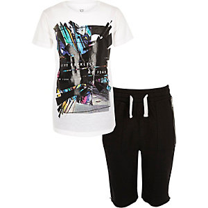 Boys white print t-shirt shorts outfit