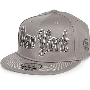Boys grey NYC cap