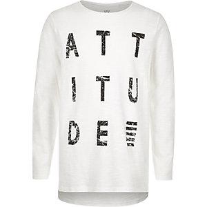 Weißes T-Shirt mit Attitude-Print