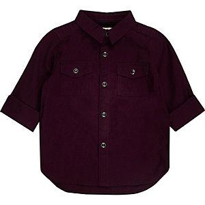 Dunkelrotes Oxford-Hemd