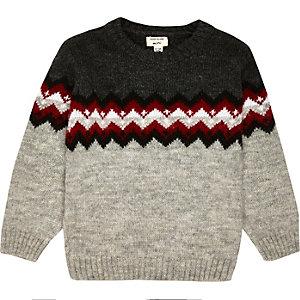 Grauer Zickzack-Pullover