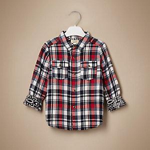 Chemise à carreaux rouge pour petit garçon