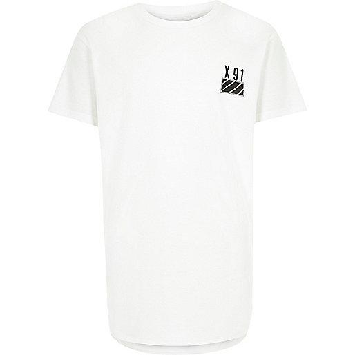 T-shirt blanc à ourlet arrondi pour garçon