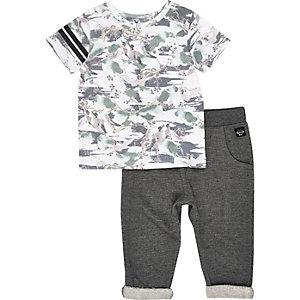 T-Shirt und Jogginghose mit Vogelmuster im Set