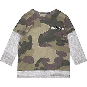 T-Shirt mit Camouflage-Muster im Lagen-Look