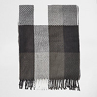 Boys grey buffalo plaid scarf