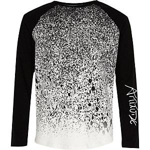 T-shirt raglan noir motif éclaboussures de peintures