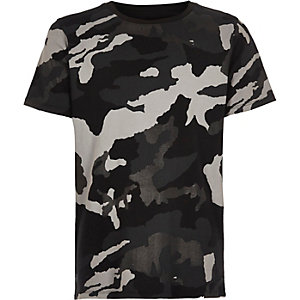 Boys black metallic camo print T-shirt
