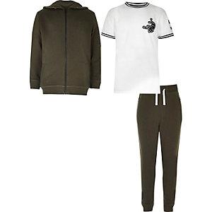 Set aus Hoodie, T-Shirt und Jogginghose in Khaki