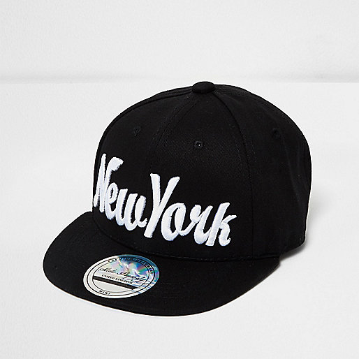 Mini boys black New York signature cap