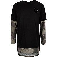 T-shirt imprimé camouflage noir à superposition pour garçon