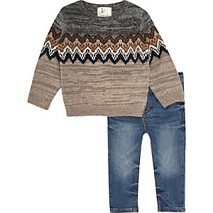 Mini boys grey zig zag jumper and jeans