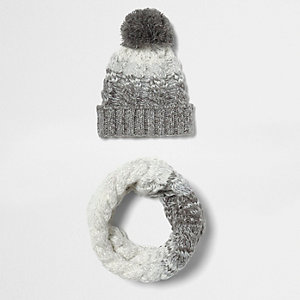 Boys grey ombré twist bobble hat and snood