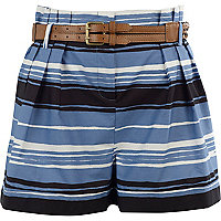 Blue striped shorts with tan belt