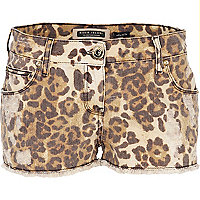 Beige animal print denim shorts