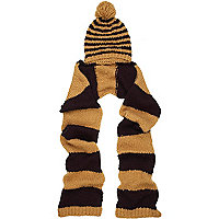 Black stripe knitted hooded scarf