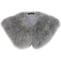 Grey faux fur mini cape