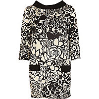 Black print boat neck shift dress