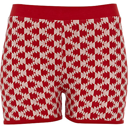 Red print jacquard shorts