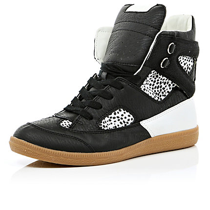Black velcro strap high tops