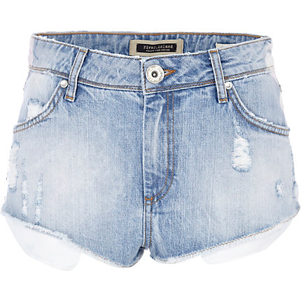 Light wash super short denim hotpants