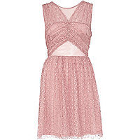 Pink cut out pleated lace prom dress