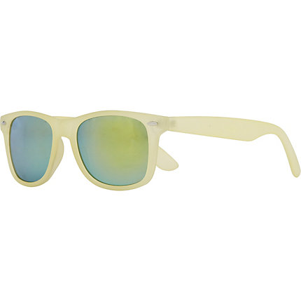 Cream retro sunglasses