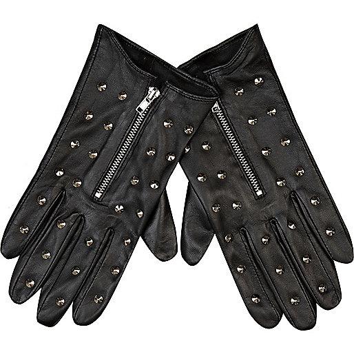 Black stud leather gloves